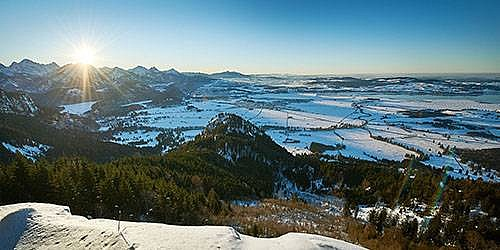 [Translate to English:] Berglandschaft im Winter